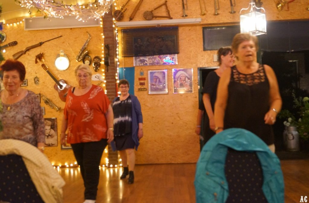 Vrijdansen bij Central Country Dancers